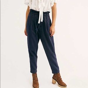 Free People Margate Pleated Trouser - Navy